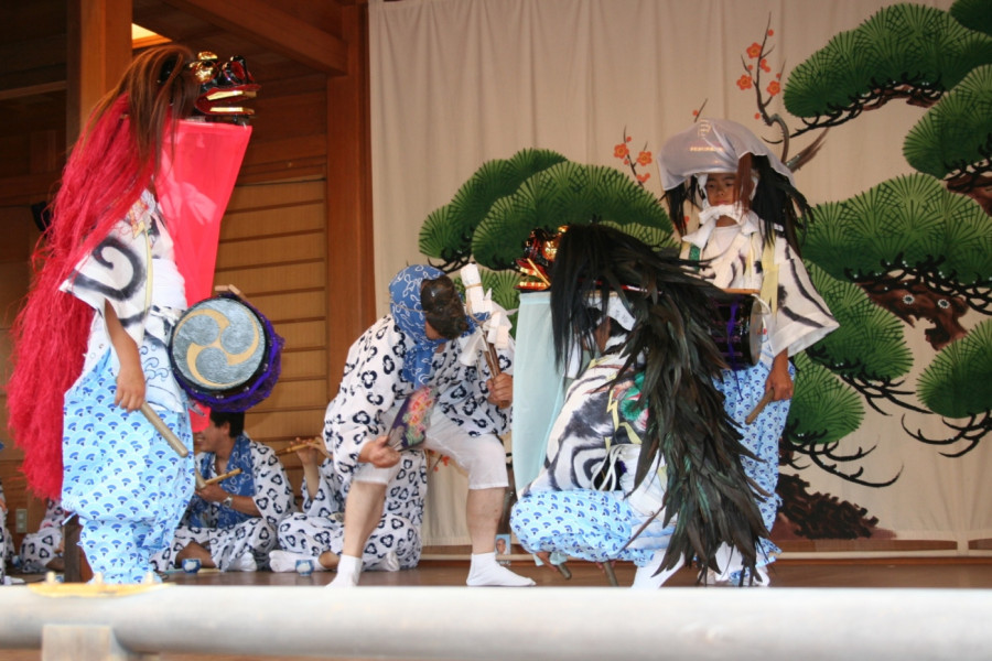 Rokugo-jinja Shrine Children's Lion Dance